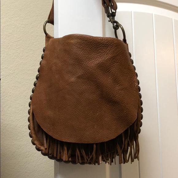 2df66fe49876 McFadin Leather Fringe Crossbody Shoulder Bag. M 5a8e28bd31a376cbe7ad79e3
